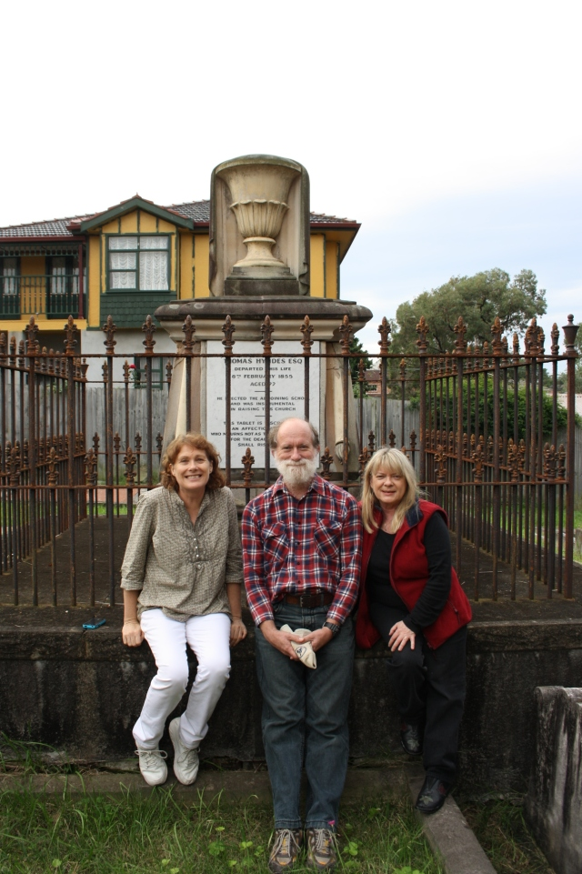 Green descendants Barbara Stark & David Christian, with Hicks descendant Kerrie Christian at grave of Thomas Hyndes & wife Charlotte Green